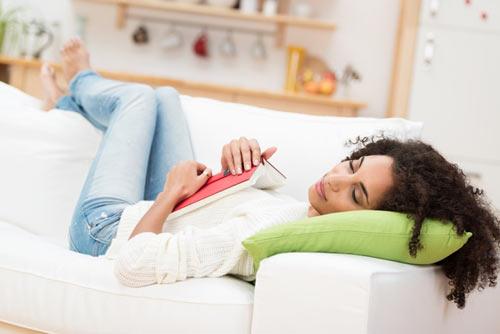Cómo dormir a una persona