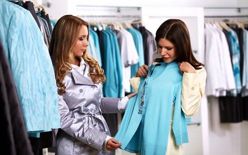 ¿Cómo ahorrar dinero comprando ropa?
