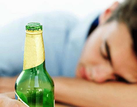 El alcoholismo en la adolescencia