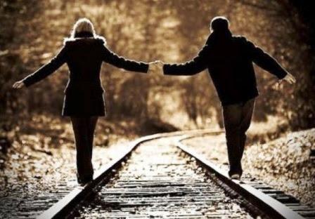 ¿Buscar el amor o esperar a que llegue solo?