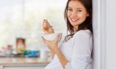 Comer alivia las nauseas del embarazo